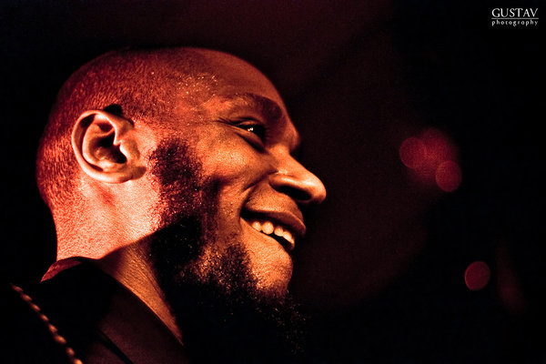 Mos Def – World Premiere (LIVE) (prod by Madlib)