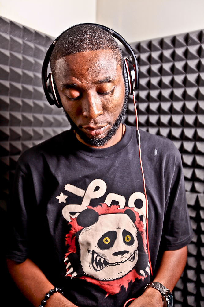 9th Wonder – Santa Claus Ain't Real (Mix) [Download]
