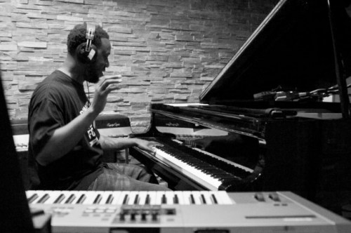 The Robert Glasper Experiment – Why Do We Try feat. Stokley Williams [Stream]