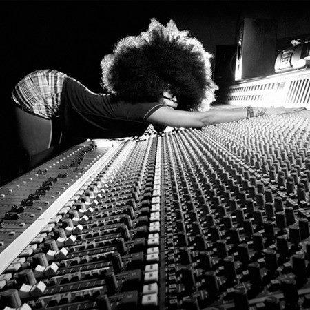 Erykah Badu – Window Seat (Boddhi Satva Ancestral Soul Remix)